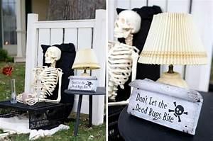 Ideas Spooky Halloween decoration skeletons Garden