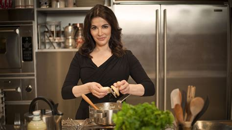 cuisine tv nigella nigella brings the spirit of cooking home