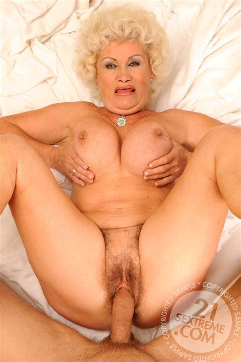 Lustygrandmas Effie Brazzersxxxxxx Older Sex Naked