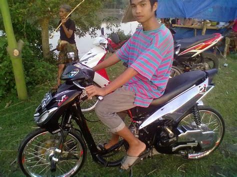 Modifikasi Mio Sporty Tahun 2008 by Modifikasi Motor Mio Sporty Drag Thecitycyclist