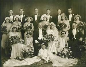 Seven Italian Wedding Traditions - Extraordinary Weddings