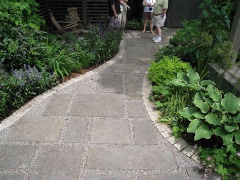 beautiful and pea pea gravel walkway porches