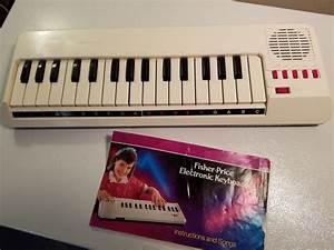 Vintage Fisher Price Electronic Keyboard Musical 1988 W