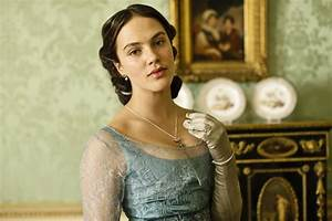 His Redeemed Child: Review: Downton Abbey