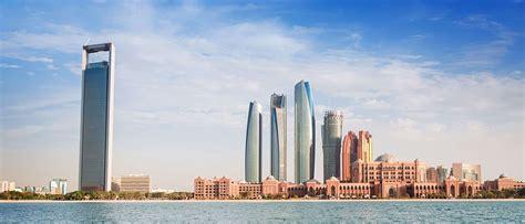 living   united arab emirates moving  united arab