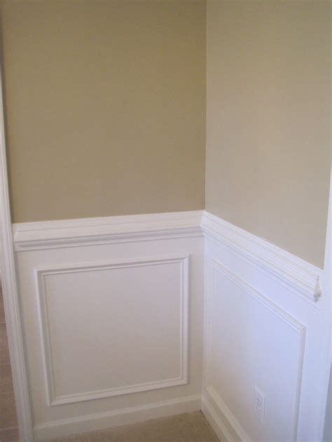 Chair Rail Wainscoting by Painting Ideas With Chair Rail And Two Colors New Paint