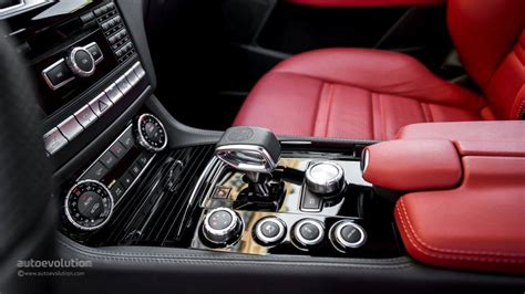 2014 MERCEDES BENZ CLS63 AMG center console - AMG controls ...