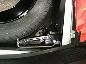 Renault Marly Le Roi : roue de secours clio 4 panier roue de secours d 39 occasion pour renault clio iii treuil de ~ Gottalentnigeria.com Avis de Voitures