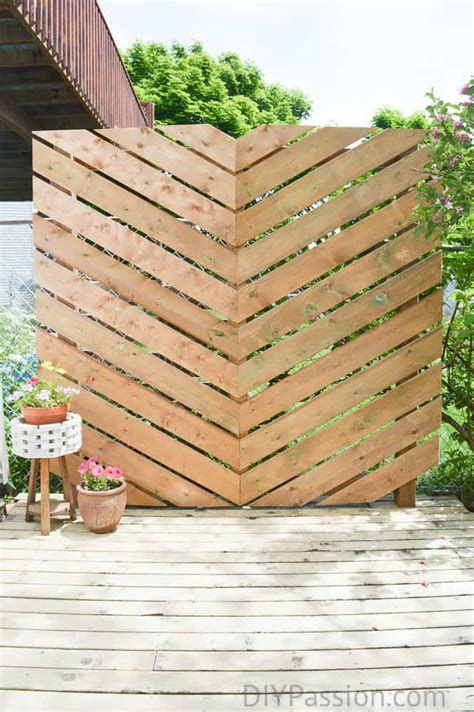 build  simple chevron outdoor privacy wall