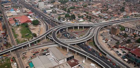 si鑒e bouygues construction pont henri konan bédié réalisé par bouygues construction