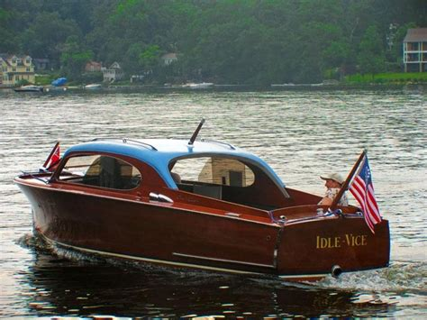Chris Craft Wooden Boats by Best 25 Wooden Boats Ideas On Boats Classic