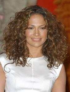 Balayage Cheveux Frisés : une balayage cheveux fris s femmes sexy ~ Farleysfitness.com Idées de Décoration