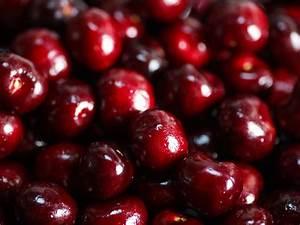 For The Cherriest Cherry Ice Cream  Roast The Fruit  U0026quot Bone