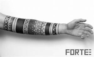 Tattoo Streifen Arm : sacred geometry tattoo lower arm sleeve stunning geometric design tattoos pinterest ~ Frokenaadalensverden.com Haus und Dekorationen