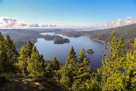 hiking buntzen lake