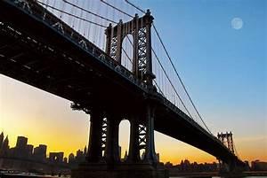 Manhattan Bridge: New York City's dysfunctional classic ...