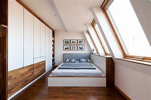 Beleuchtung Dunkle Räume : einbaum blierung f r dachwohnung modern schlafzimmer ~ Michelbontemps.com Haus und Dekorationen