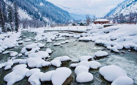 places  enjoy winters  india jammu  kashmir