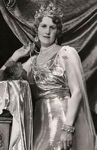 Helen Gordon-Lennox, Duchess of Northumberland, wearing ...