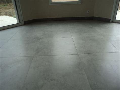 chambre d hotes haut rhin carrelage 60x60 gris béton