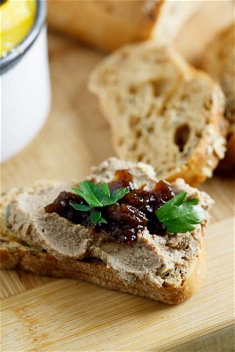 chicken liver pate child 17 best images about pat 233 s y terrinas on pork country style and bacon