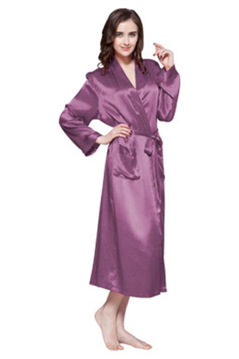 robe de chambre en satin robes élégantes robe de chambre longue satin