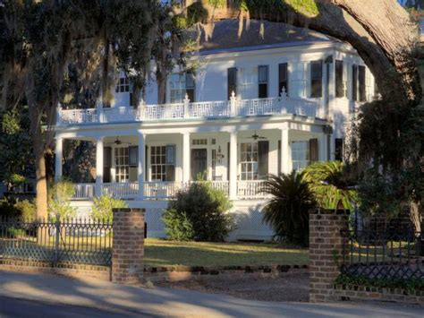 curb appeal tips  southern style homes hgtv