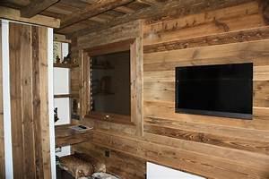 marvelous bardage interieur bois brut 2 habillage mur With maison en palette plan 12 comment faire un mur en bois de palette mzaol