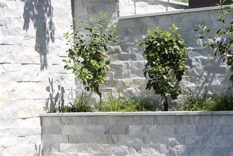 Betonmauer Mit Natursteinen Verkleiden by Verblendete Mauer Mauerverblendung Mauerverkleidung