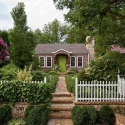 cottage house cottage flavor a cottage garden tour and gardening tips