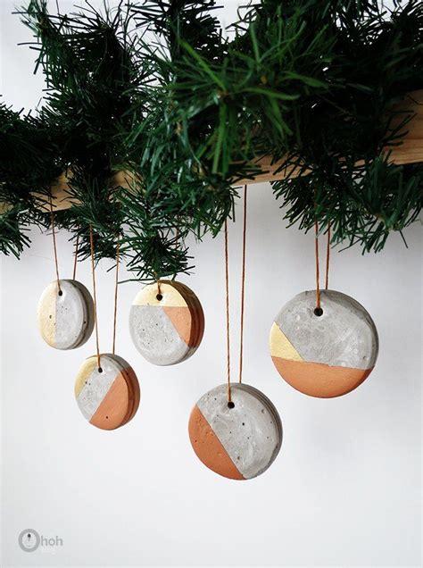 Weihnachtsbaum Modern Geschmückt by How To Make Concrete Ornaments Weihnachtsdeko