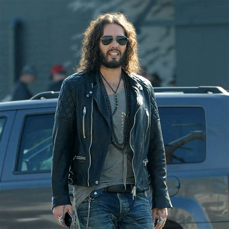 russell brand car russell brand cancels tour after mother s car accident