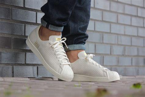 adidas superstar  clean white gold