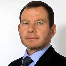 Julius Blum Gmbh : andreas schlunck inhouse consultant product data ~ Eleganceandgraceweddings.com Haus und Dekorationen