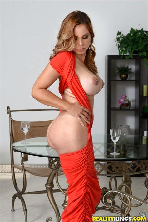 Watch MilfHunter scene Hot Gabriela featuring Gabriela ...