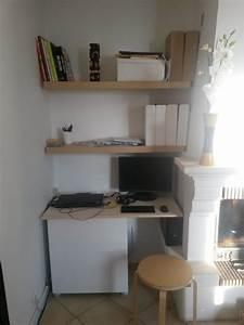 Planche De Bois Pour Bureau : un coin bureau dans le salon ~ Teatrodelosmanantiales.com Idées de Décoration