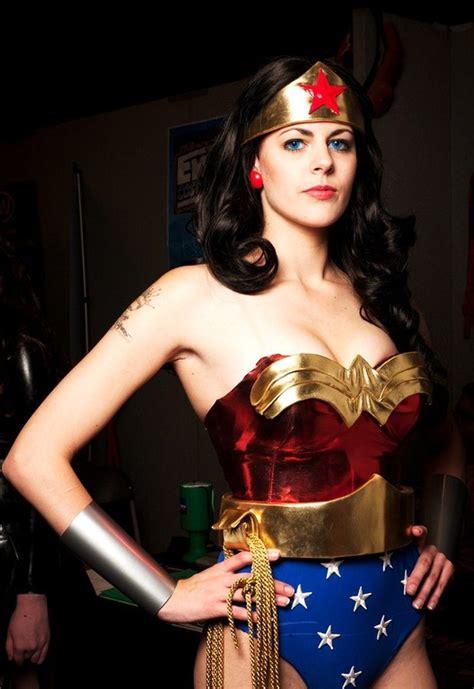 kryptonian warrior cosplay feature  woman