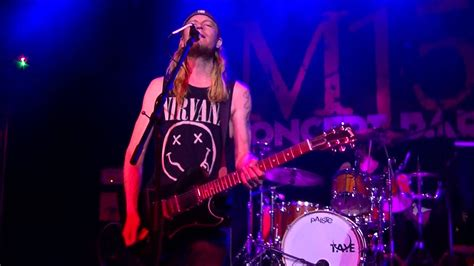 Puddle Of Mudd Singer Has Drug-fueled Breakdown On Stage