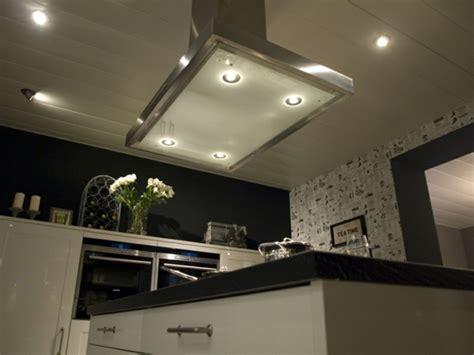 spots led cuisine éclairage led combiner illumination de prestige et économies