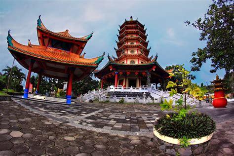 melancong  vihara buddhagaya watugong vihara
