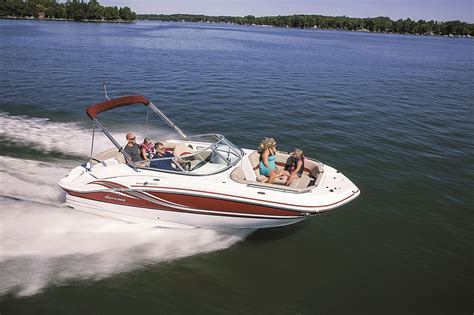 Deck Boat Magazine by Pontoons Versus Deck Boats Breaking The Advantages