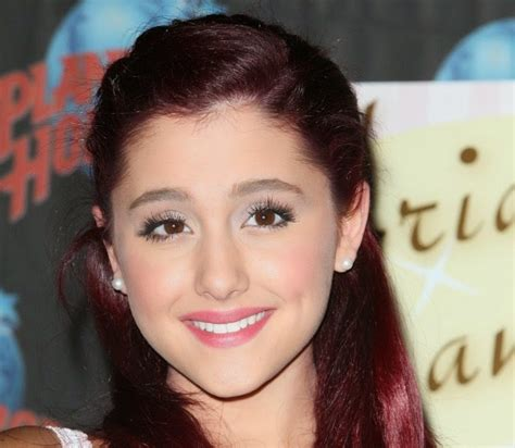 ariana grande  smile collections   photo
