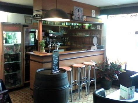 le bureau henin beaumont ici c 39 est le bar picture of canile d 39 henin beaumont