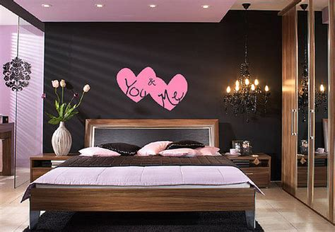 Bedroom Ideas For Small Rooms For Couples by Decorating Ideas For Newly Wed Interior Designing Ideas