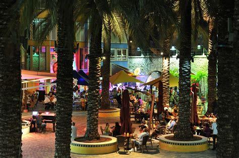 Renaissance Mall & Rif Fort Curacao   Curacao honeymoon ...
