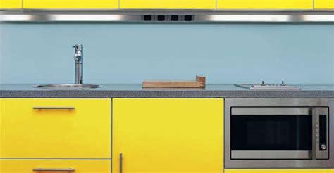 rajeunir une cuisine comment rajeunir une cuisine moche crédence carrelage