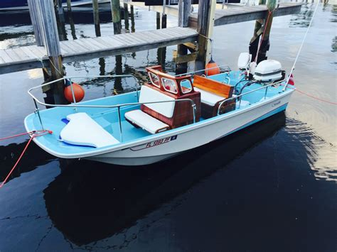 Craigslist Boston Whaler Boats by Boston Whaler Sakonnet Boat For Sale From Usa Old Boston