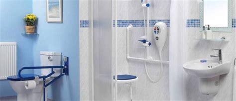 cabine doccia per disabili tipologie di doccia per ogni necessit 224 da vasca a doccia