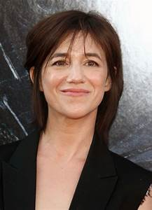 Charlotte Gainsbourg Cheveux Courts : charlotte gainsbourg at independence day resurgence premiere in hollywood 06 20 2016 hawtcelebs ~ Dode.kayakingforconservation.com Idées de Décoration