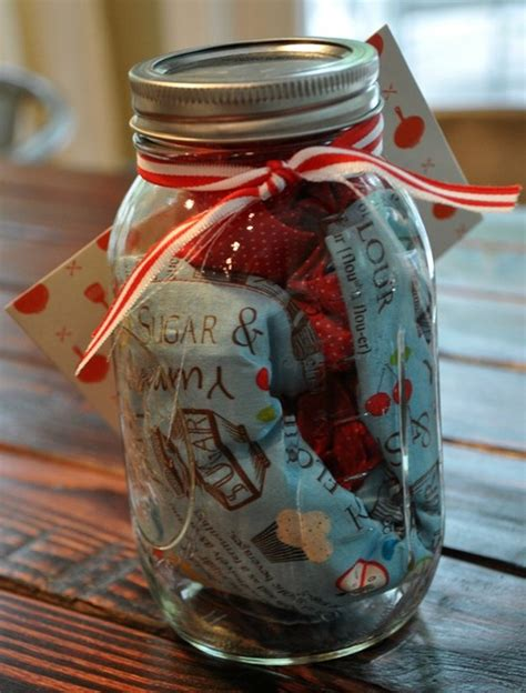 jar christmas gift ideas gifts in a jar last minute gifts in a jar ideas diy projects
